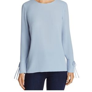 NWOT VINCE CAMUTO BELL SLEEVE BLOUSE